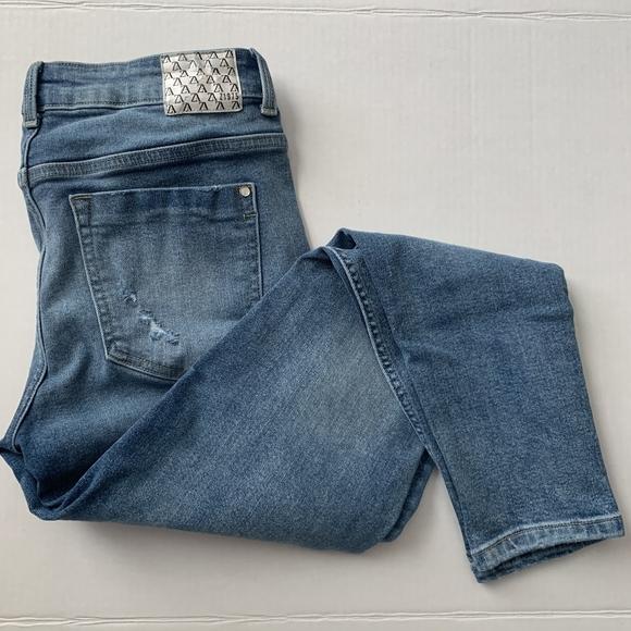 ZARA Z1975 Mid Rise Light Wash Skinny Jeans Size 6